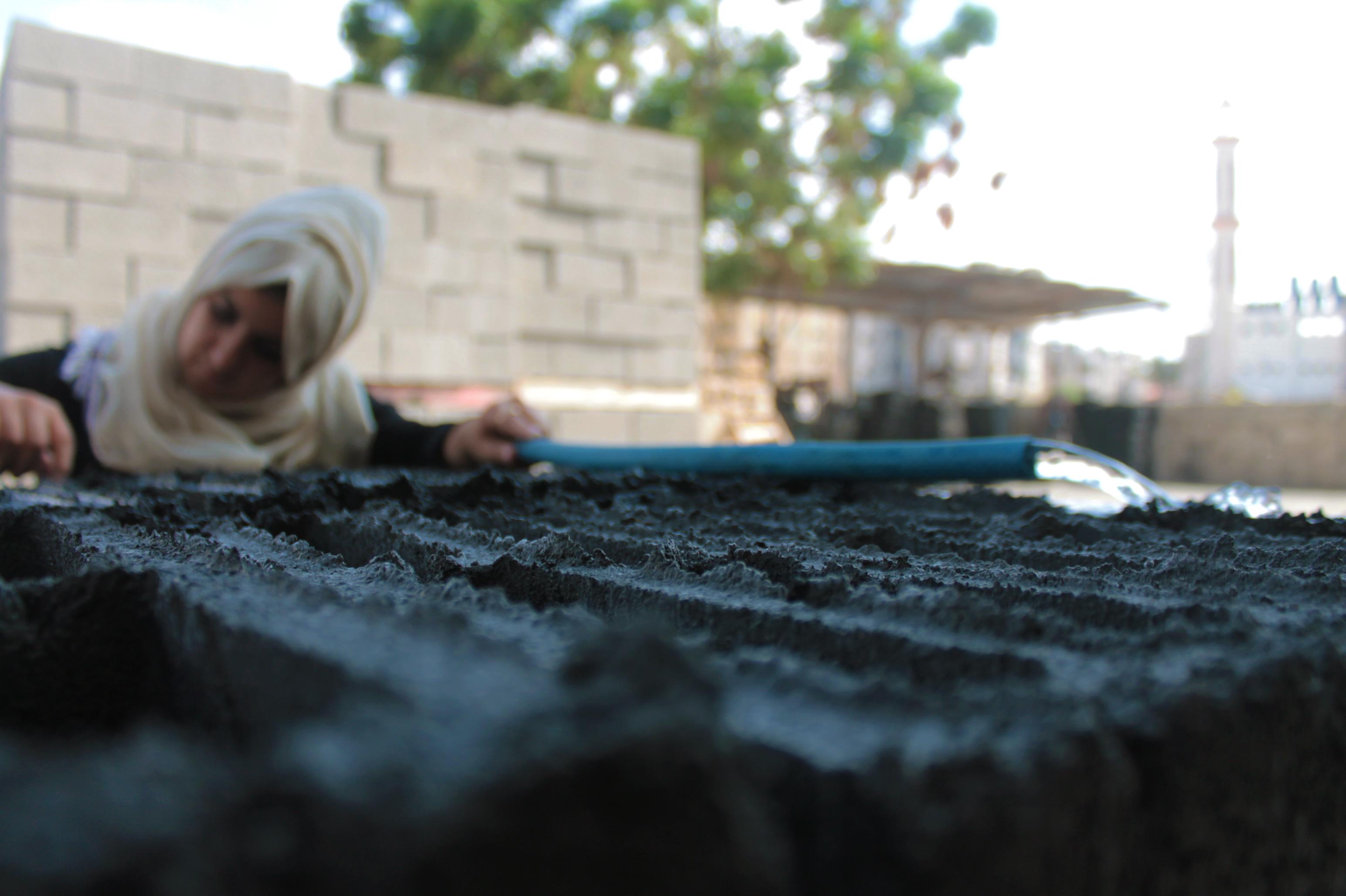 Majd Mashharawi and Rawan Abdelatif, two 23 year old civil engineers living in Gaza, have invented the GreenCake building block. Photo: Asmaa Elkhaldi/The Turban Times