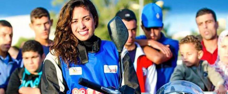 Meet Algeria's Female Taxi Driver: Taxi Chouchou